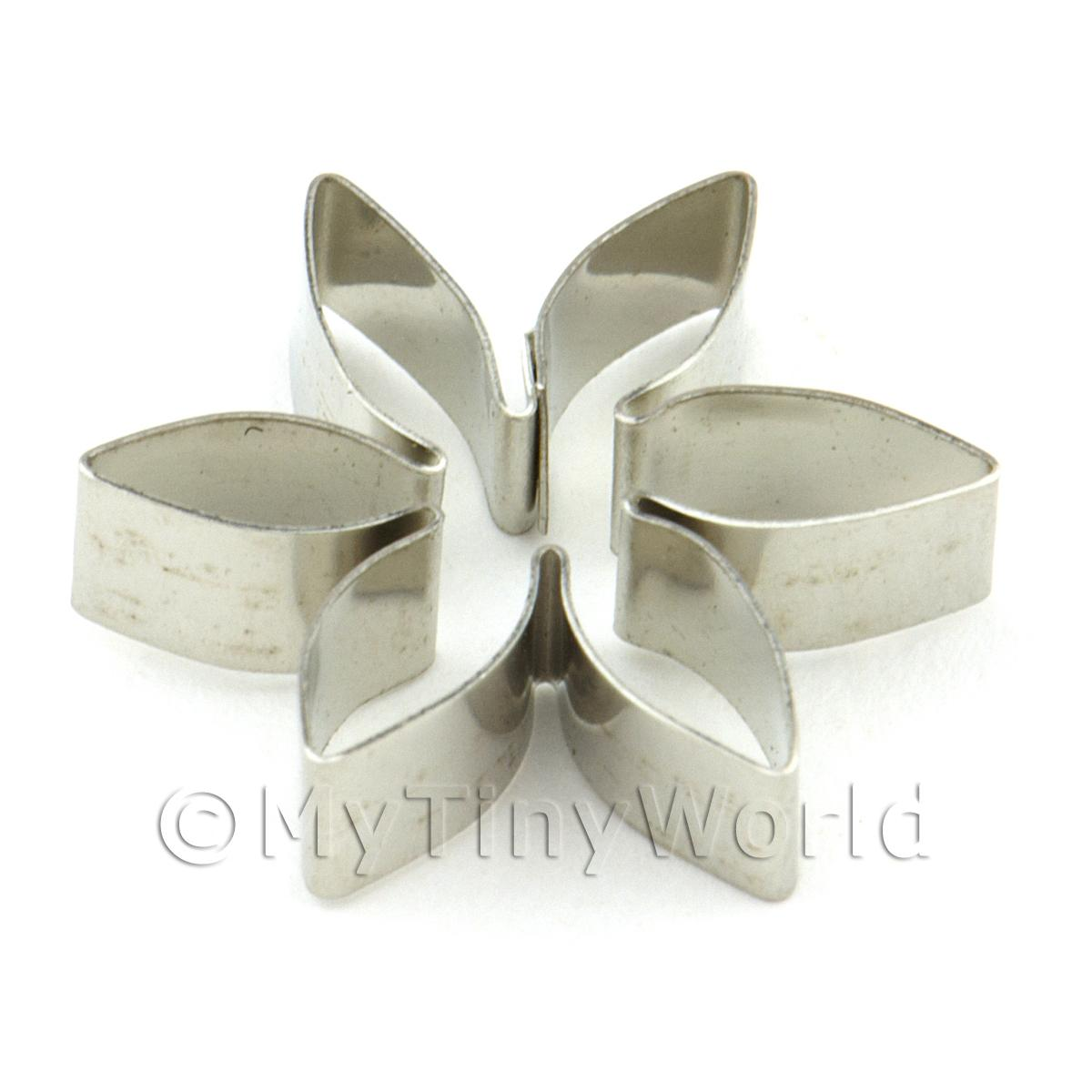 6 Petal Metal Flower Sugarcraft / Clay Cutter (18mm)