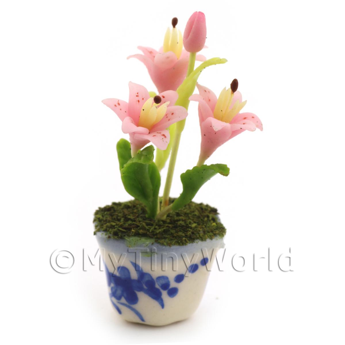 Dolls House Miniature Pink Lilly
