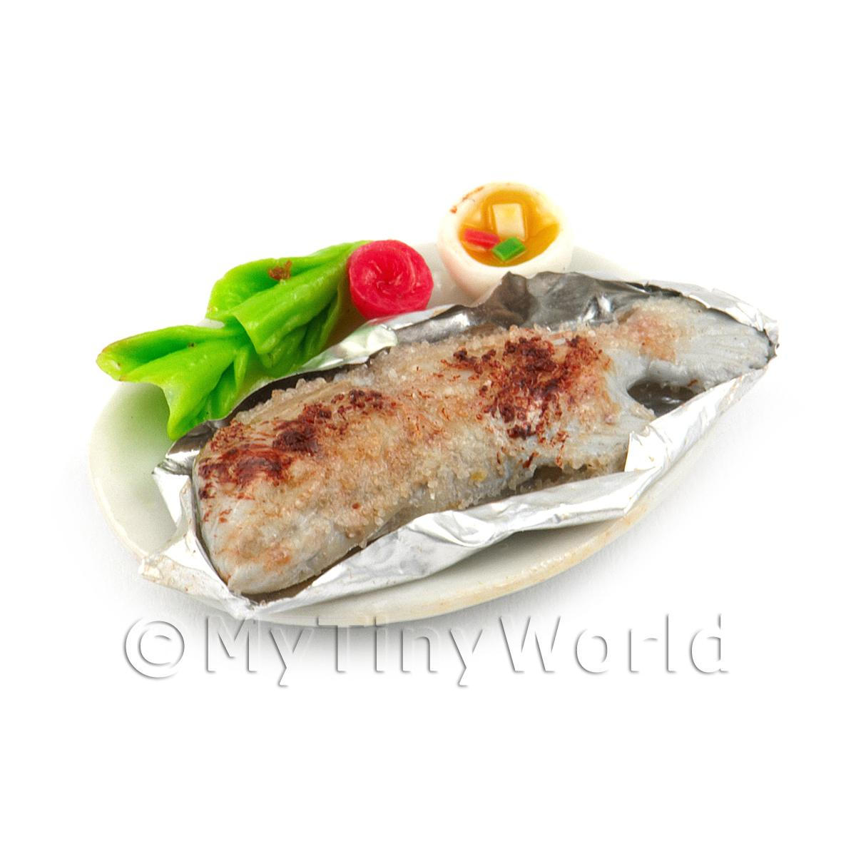 Dolls House Miniature Whole Cooked Steamed Salted Fish With Chilli Dip