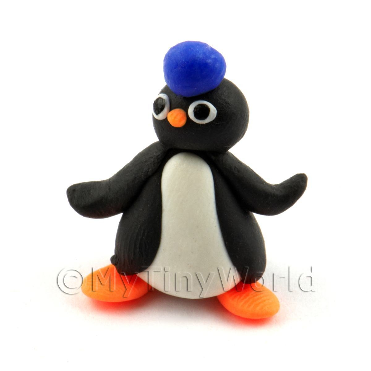 Dolls House Miniature Fun Penguin Figurine (3)