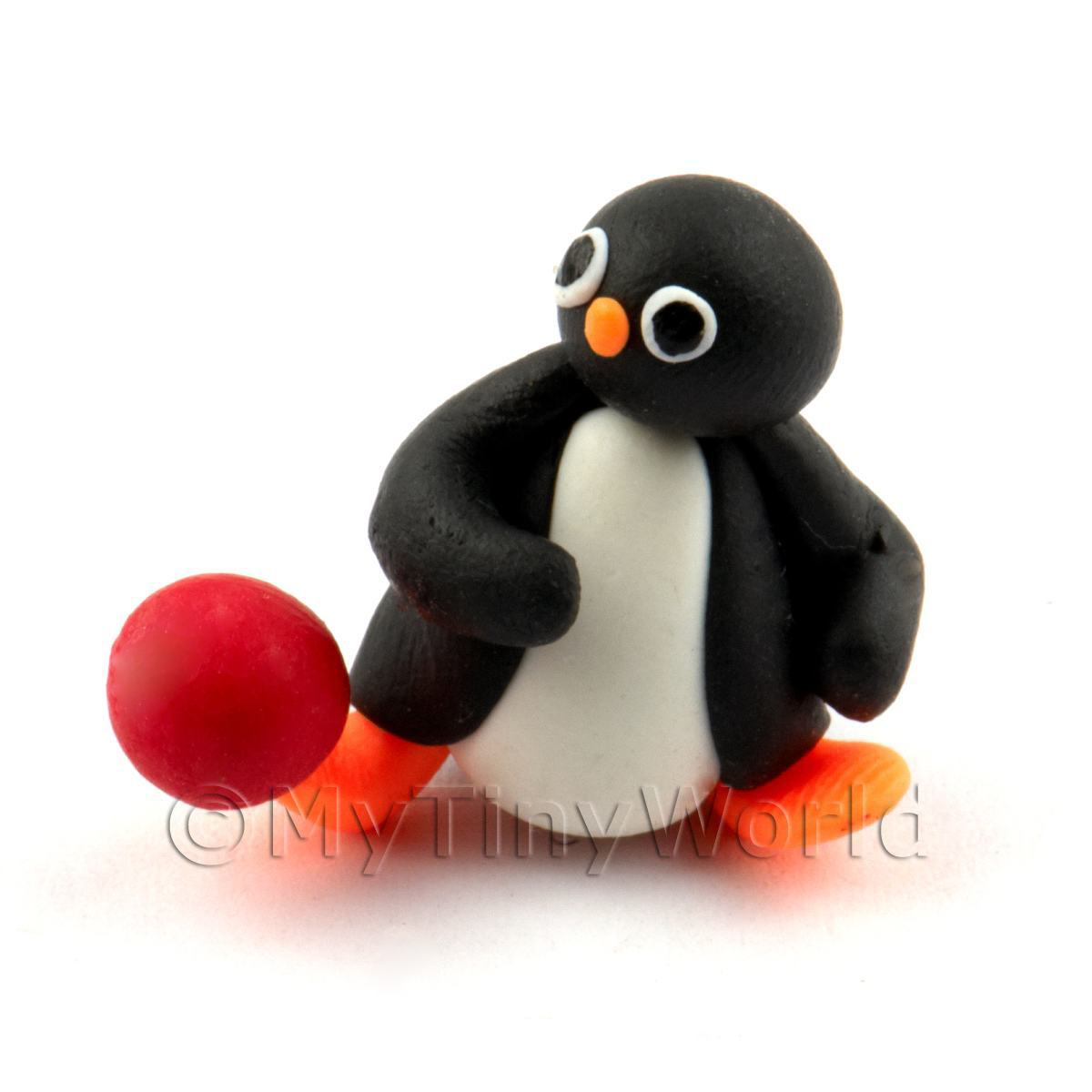 Dolls House Miniature Fun Penguin Figurine (8)