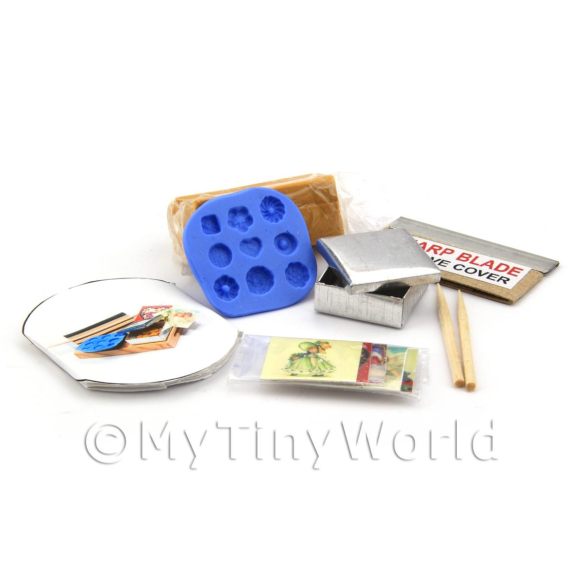 Dolls House Miniature 9 Piece Biscuit Making Kit With Silicone Mould