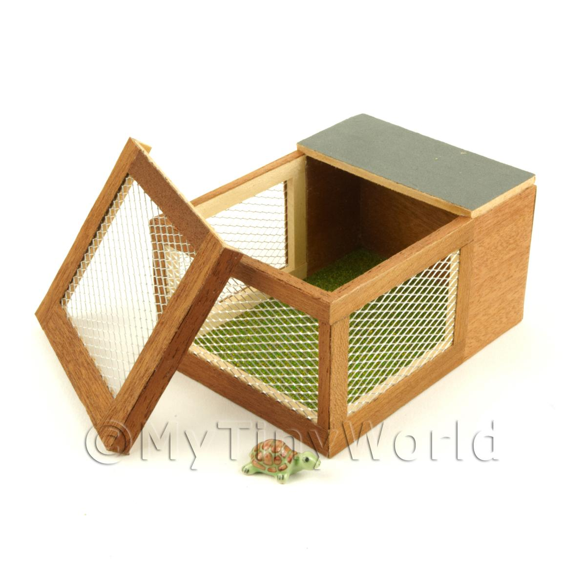 House Miniature Wooden Animal  Hutch With A Green And Brown Tortoise