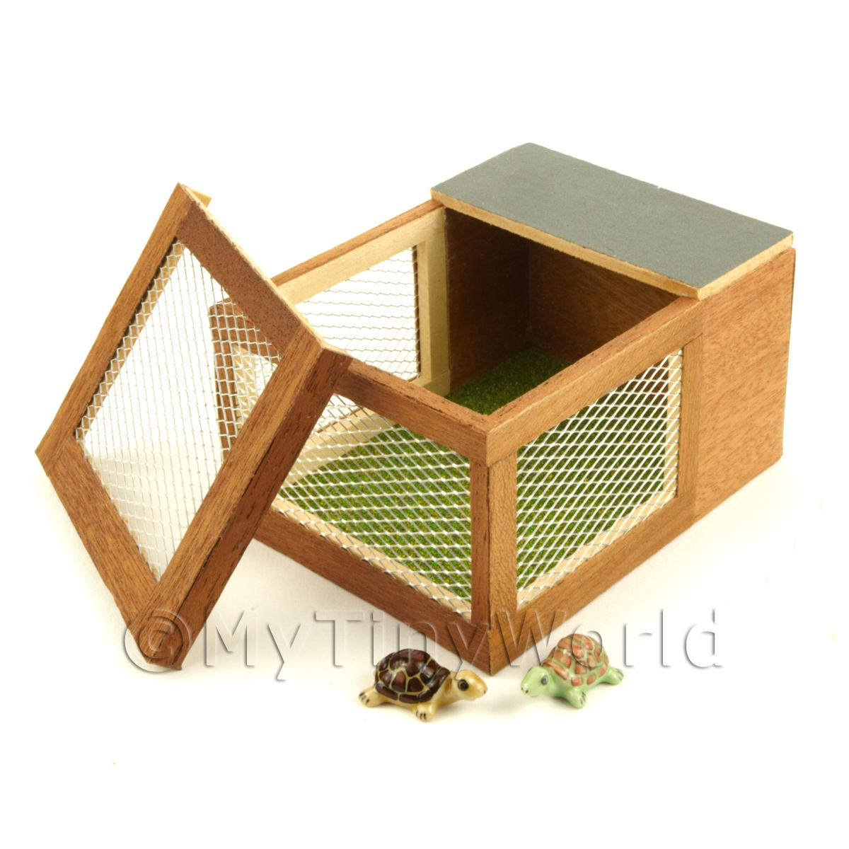 Dolls House Miniature Wooden Animal Hutch With 2 Tortoises