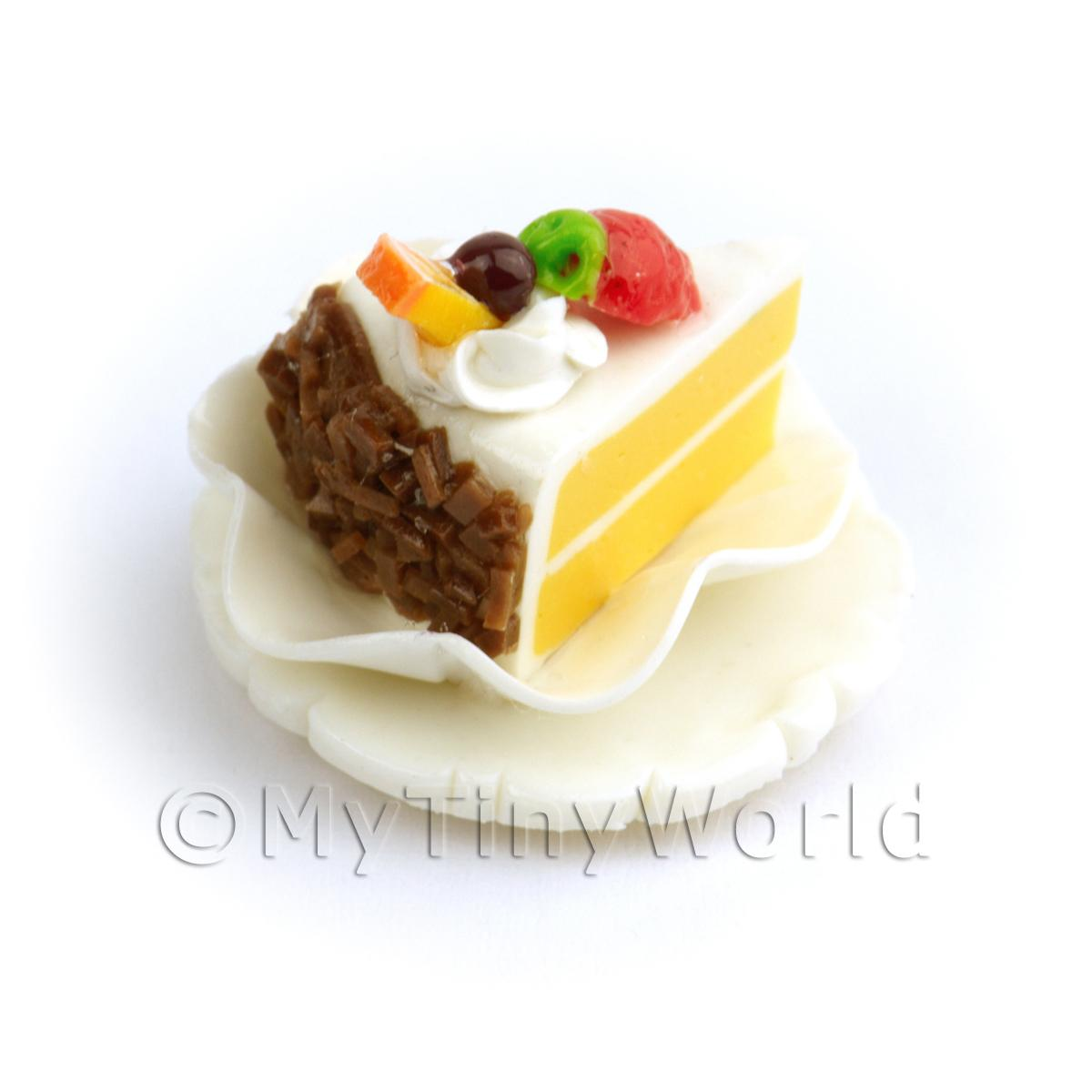 Dolls House White Iced Individual Cake Slice On A Clay Plate