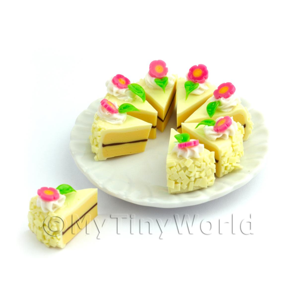 Dolls House Miniature Whole Sliced Vanilla Flower Cake