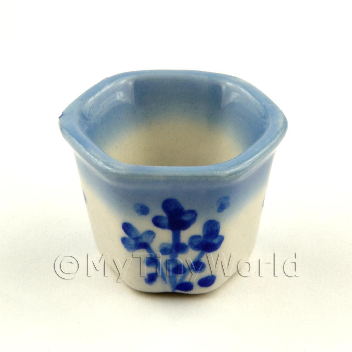 Dolls house miniature garden 6 sided blue and white for 6 ceramic flower pots