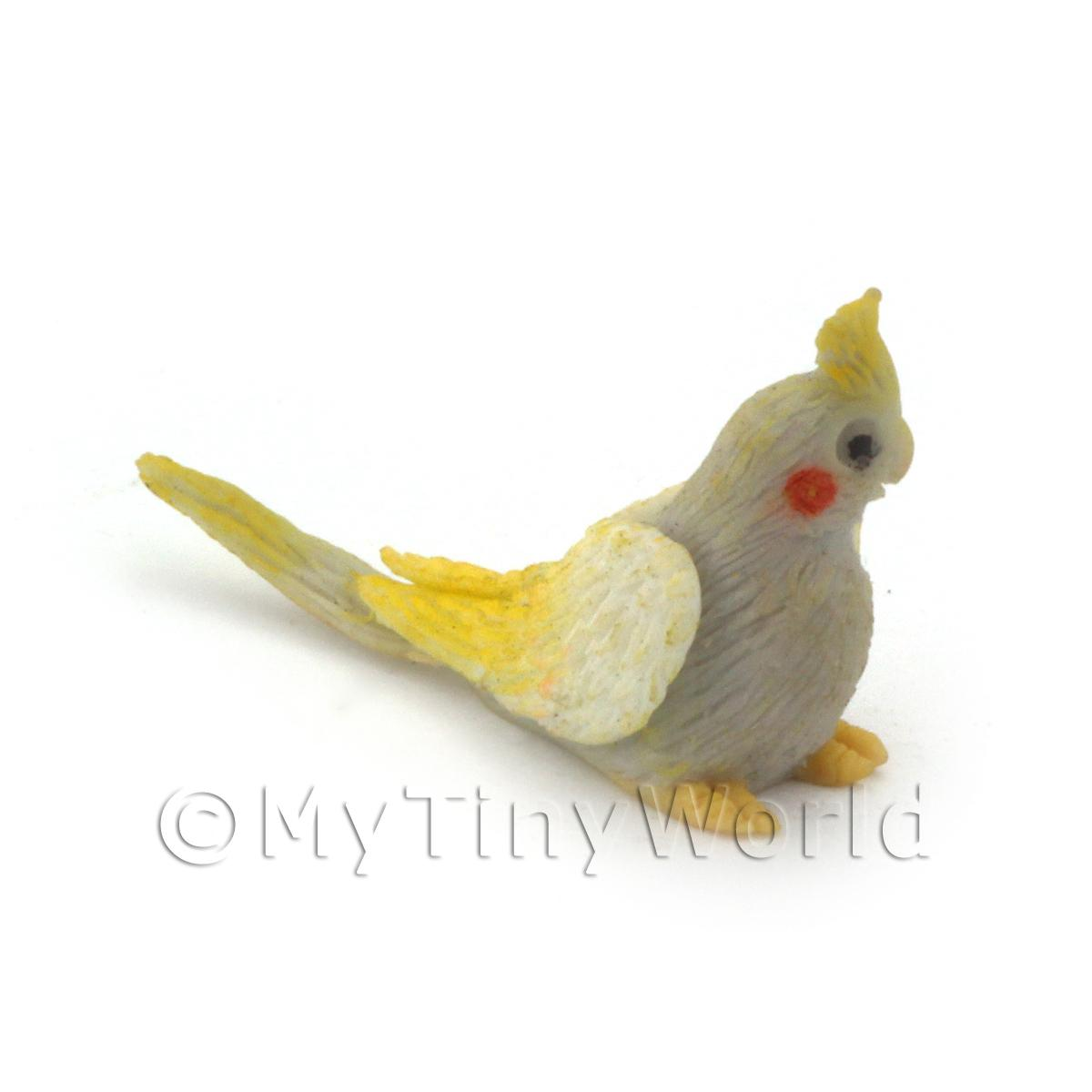 Handmade Dolls House Miniature Grey Baby Cockatiel With Yellow Crest
