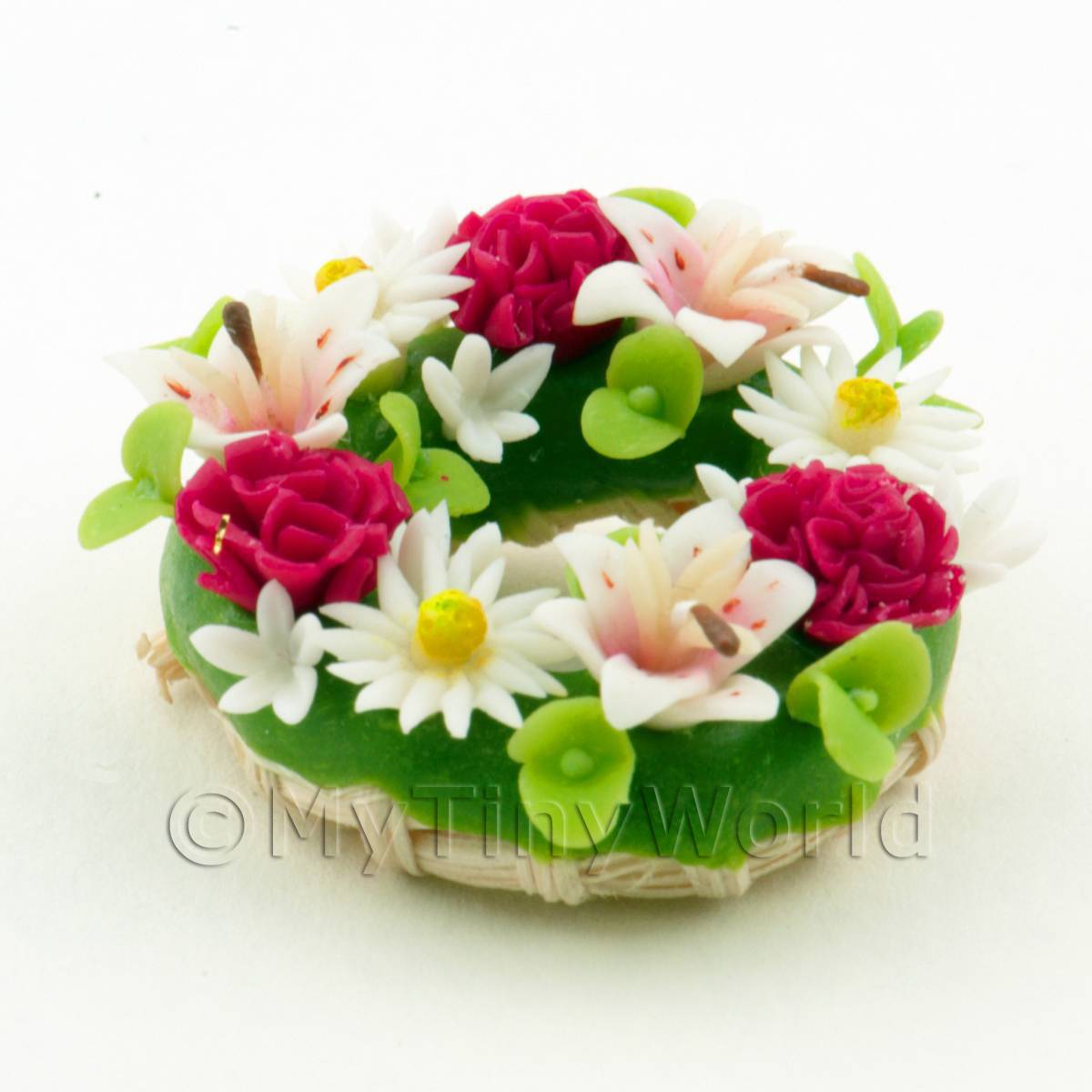 Dolls House Miniature Red Pink and White Mixed Flower Wreath
