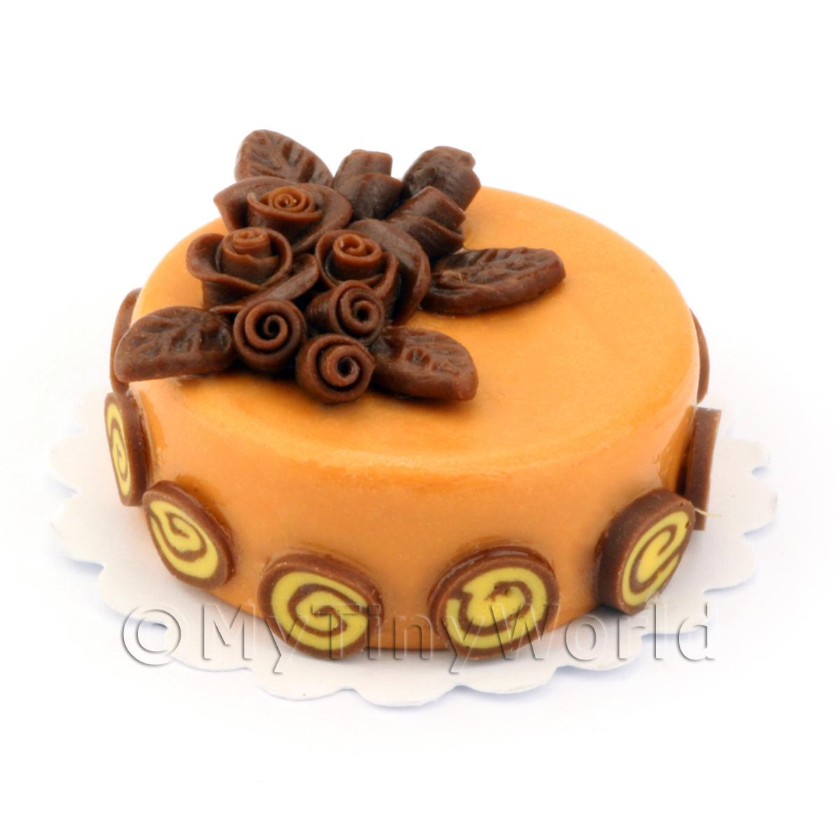 Dolls House Miniature Round Caramel and Chocolate Rose Cake