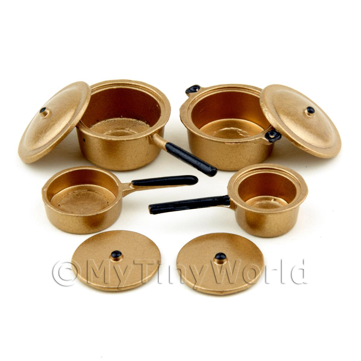 Dolls House Miniature Set of 4 Metal Saucepans With Lids