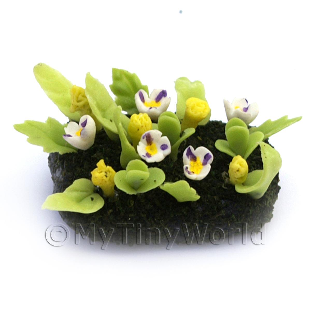 Dolls House Miniature Small DIY Flower Bed (DIY16)