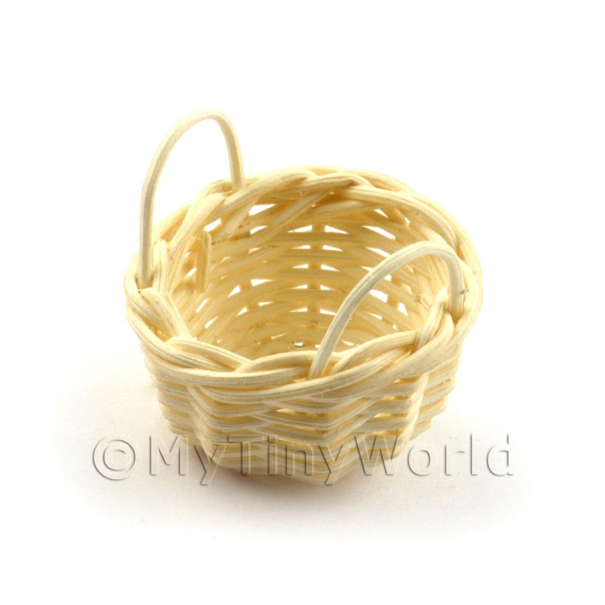 wicker baskets dolls house miniature mytinyworld. Black Bedroom Furniture Sets. Home Design Ideas
