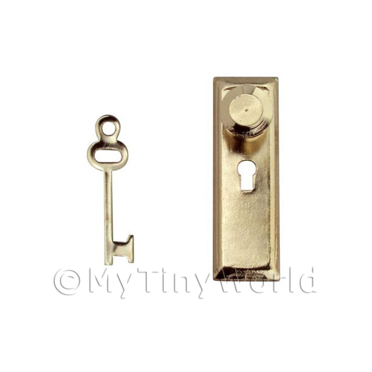 Dolls House Miniature 1:12th Scale Door Handle With Keyhole and Key