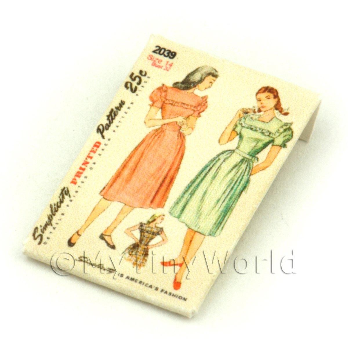 dpp003 Dolls House Miniature Simplicity Dress Pattern Packet