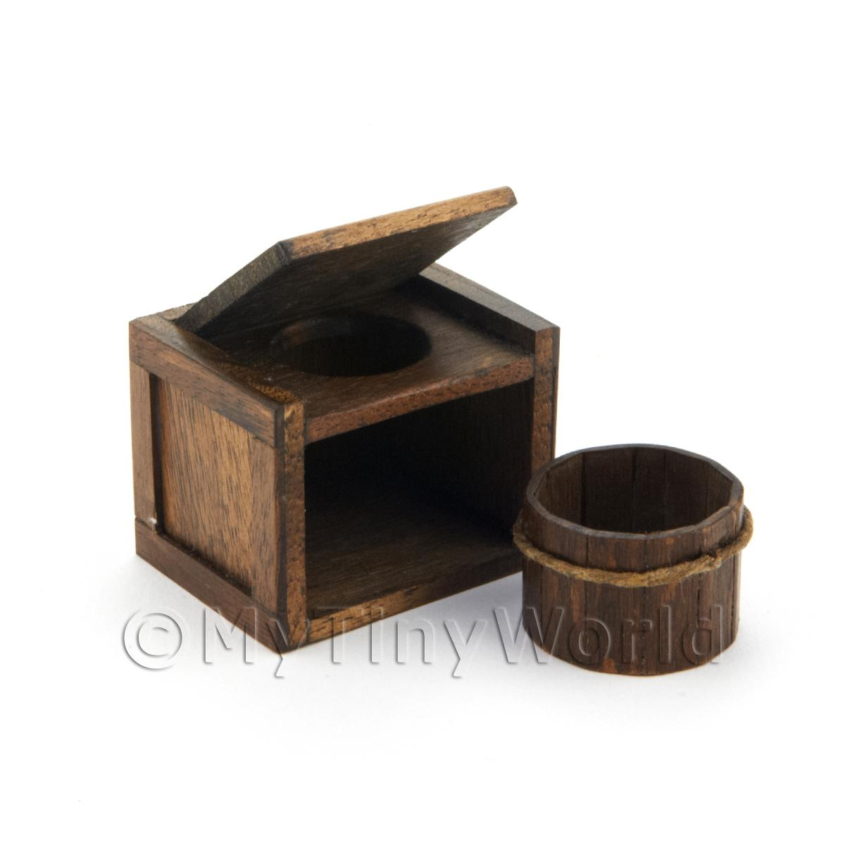 Dolls House Miniature Tudor Period Wooden Toilet