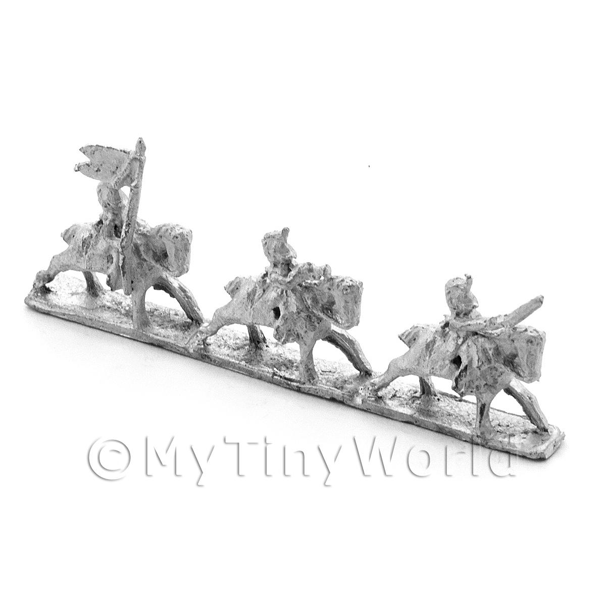 Dolls House Unpainted British Heavy Dragoons Office Group