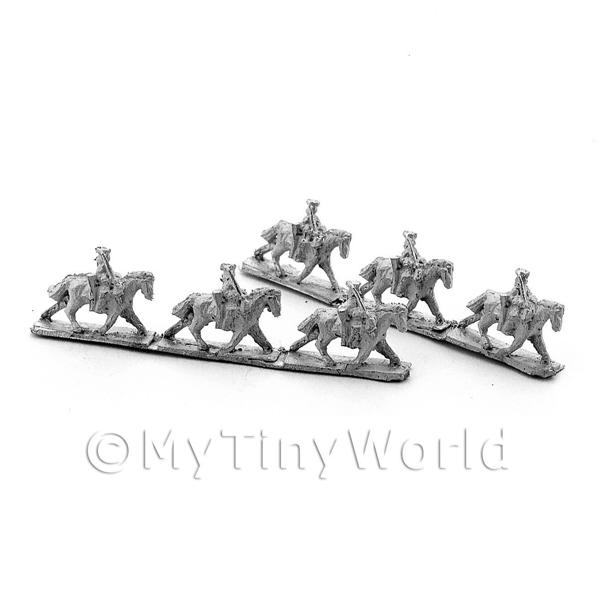 6 Dolls House Metal Marlburian British Heavy Cavalry