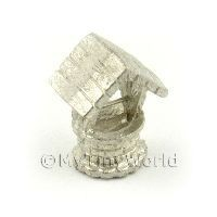 Dolls House Miniature White Metal Wishing Well