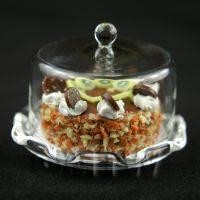 Miniature Glass Cake Stand (K) and KIWI Cake set