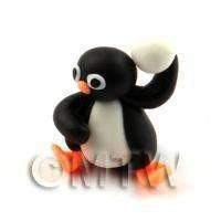 Dolls House Miniature Fun Penguin Figurine (2)