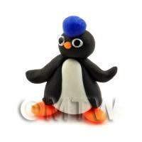 Dolls House Miniature Fun Penguin Figurine (3)