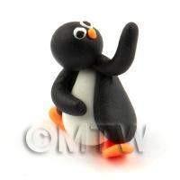 Dolls House Miniature Fun Penguin Figurine (9)