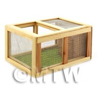 Dolls House Miniature Wooden Guniea Pig / Rabbit Hutch