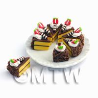 Dolls House Miniature - Miniature Whole Sliced Chocolate Cake