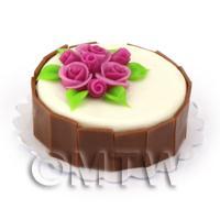 Miniature Round White And Dark Chocolate Cake