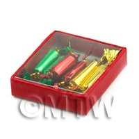 Dolls House Miniature Box Of 6 Christmas Crackers