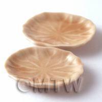 2 Dolls House Miniature 32mm x 38mm Leaf Design Plates
