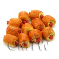 Dolls House Miniature Party Sausage Roll