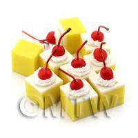 Dolls House Miniature Large Lemon Sponge Square With A Cherry