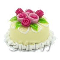 Dolls House Miniature Small Round Yellow Iced Cake With Roses