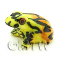 Dolls House Miniature Ceramic Poison Arrow Frog