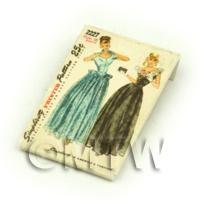 Dolls House Miniature Simplicity Dress Pattern Packet (DPP023)