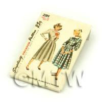 Dolls House Miniature Simplicity Dress Pattern Packet (DPP025)