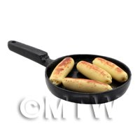 Dolls House Miniature 4 Sausages Frying in a Frying Pan
