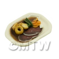Dolls House Miniature Roast Beef, Potatoes and Veg with Gravy