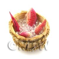 4 Dolls House Miniature Fish With Ice In A Basket (FSHB09)