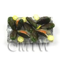 Dolls House Miniature Green Lipped Mussels On A Tray