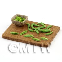 Dolls House Miniature - Dolls House Miniature Handmade Podding Peas Preparation Board