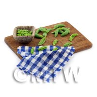 Dolls House Miniature Podding Peas Preparation Board