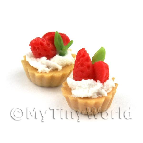 Dolls House Miniature Loose Sliced Strawberry and CreamTart