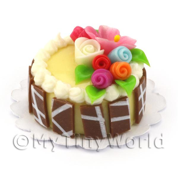 Dolls House Miniature Small Round Iced Cake With Flowers