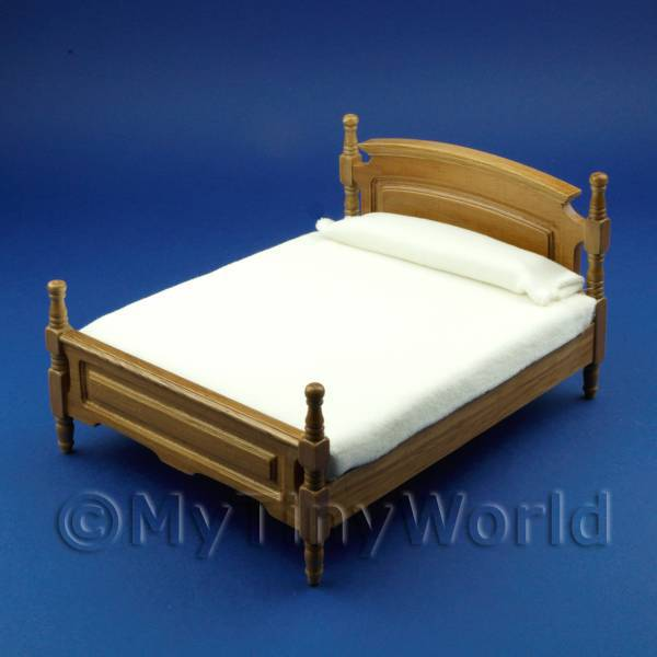 Dolls House Miniature Classic Oak Double Bed
