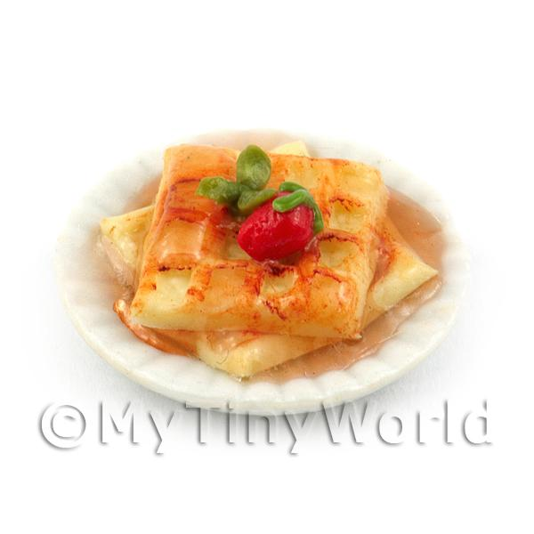 1/12 Scale Dolls House Miniatures  | Dolls House Miniature Waffles with Maple Syrup and a Fresh Strawberry