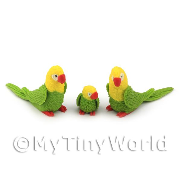 Dolls House Miniature  | 3 Green Dolls House Miniature and Yellow Parrots