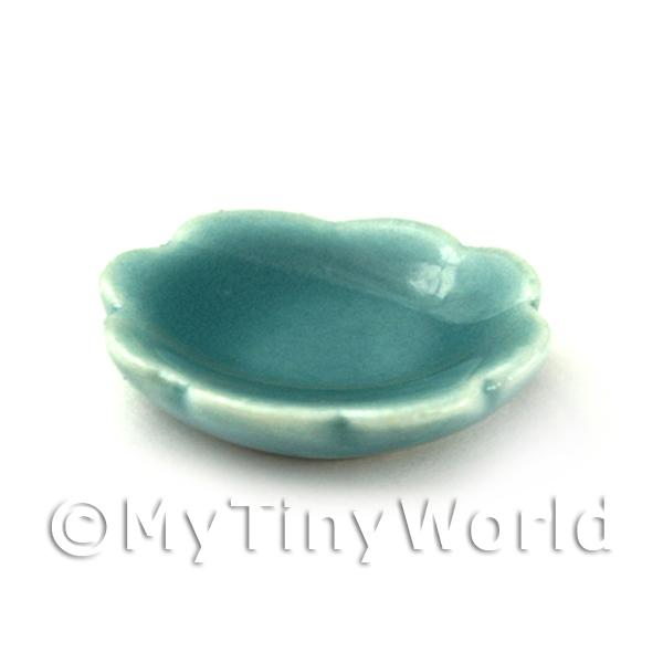 Dolls House 17mm Aquamarine Scalloped Edged Plate